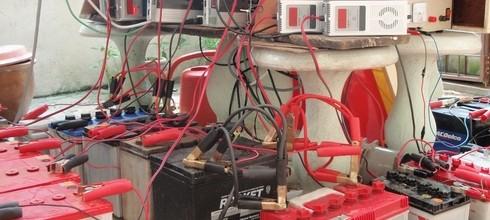 จะรู้ได้อย่างไร แบตเตอรี่รถยนต์ พลังงานต่ำลง และจำเป็นต้องชาร์จ ?