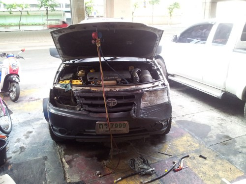 เปลี่ยนแบตเตอรี่รถยนต์