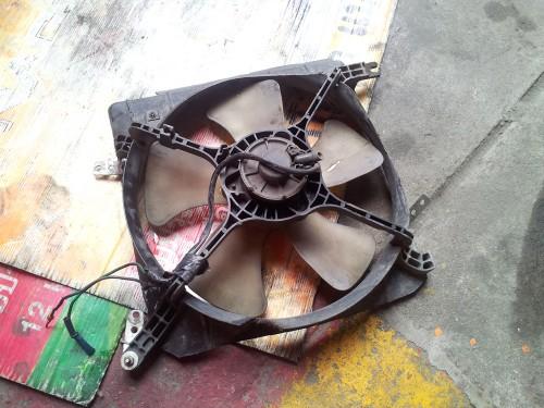 ซ่อมพัดลมแอร์รถยนต์